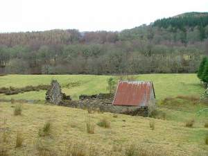 Ruined Farm Building at Wester Mandally