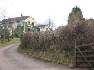 Cefn-llwyd farmhouse