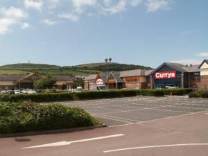 Parc-y-Llyn Retail Park