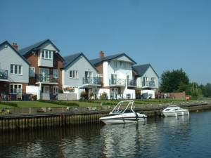 New Houses at Loddon Marina