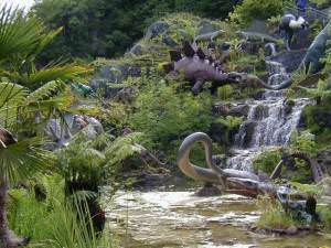 Dan-Yr-Ogof Show Caves - Dinosaur exhibition