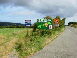 Approaching Fishguard on the A40