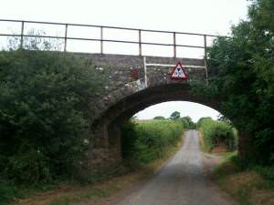 Railway bridge, near Norchard Farm