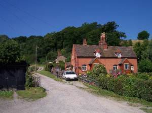 Cottages on the side of Eastnor Hill