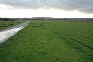 Road across Hawkesbury Common