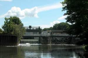 Weir at Weston Lock on the River Avon.