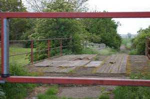 Flat Bridge and gate
