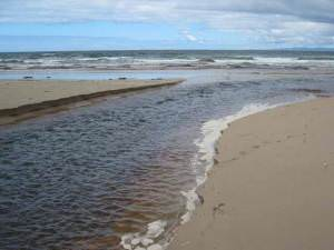 The mouth of the Machrihanish Water