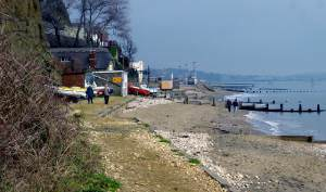 Shanklin Chine beach looking north