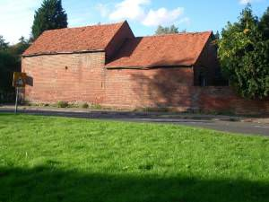 Barn in Longcross Road