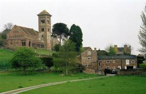 Hoarwithy: church and watermill