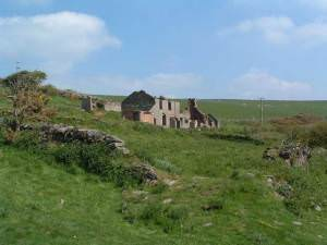 Ruined farmhouse on Saunton Down