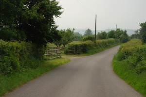 Road past Caeglas