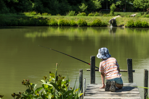campsites allowing fishing UK