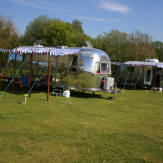 rv-trailer-campsite