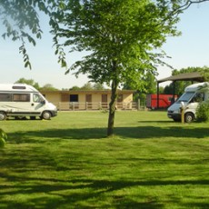 wavney-campers.jpg